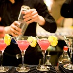 making cocktails - cocktail classes