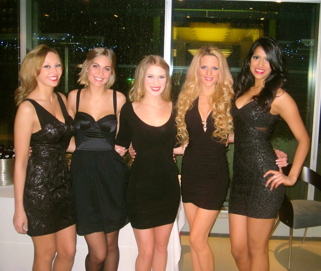sexy promotional girls available for your event